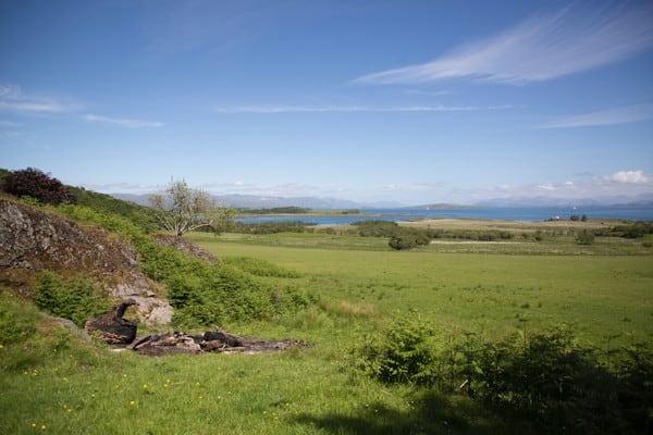 Grasspoint near Auchnacraig
